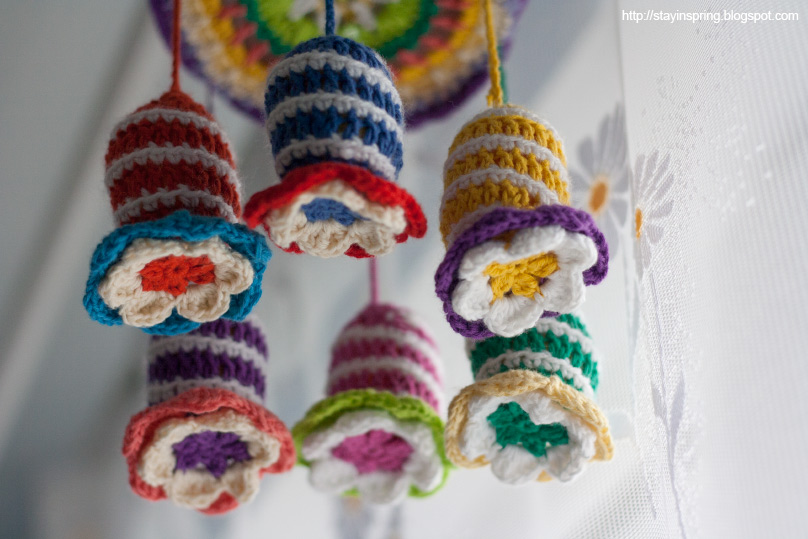 Sharing a crocheted flower-shaped rattle pattern
