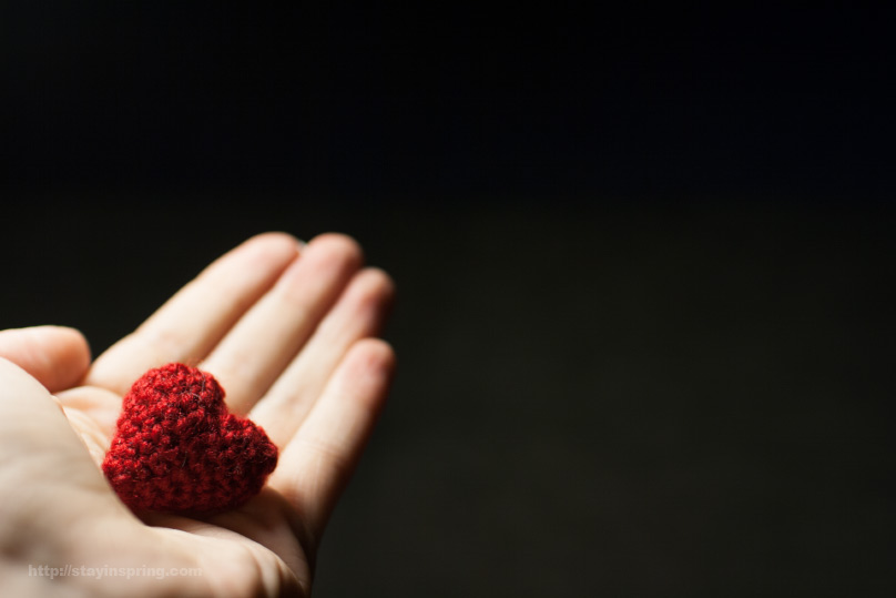 crocheted 3d heart